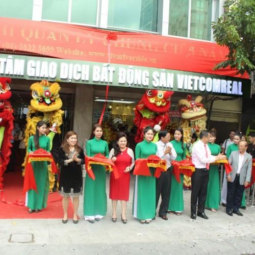 Khai trương trung tâm giao dịch bất động sản Vietcomreal